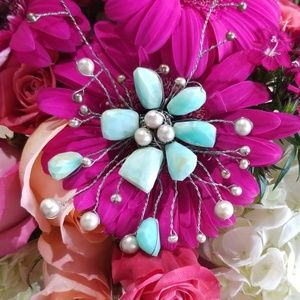 Jewelry - Peruvian Opal SS Wire Wrap Flower Necklace